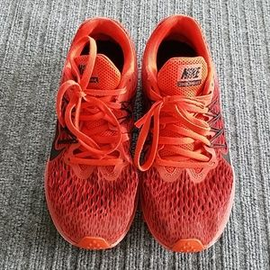 Nike Air zoom winflo 5 shoes sz 7.5 Cashlon